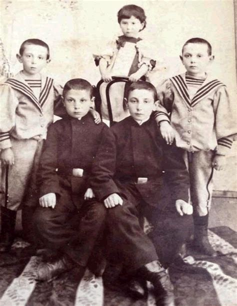 Bros Gania kowarski family