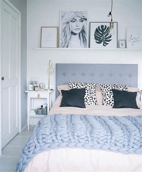 bed decor best 25 above bed ideas on