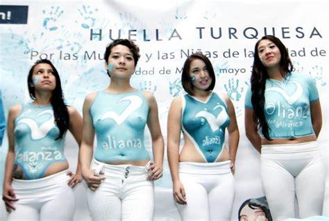 fotos de mugeres des nudas mexico slammed for at s rights event