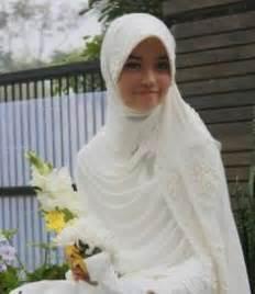 Hana Dress Muslimah Fashion Murah baju nikah on 71 pins