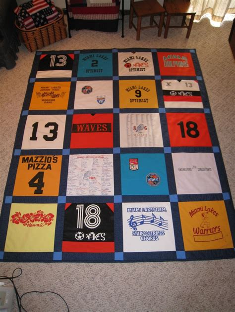 T Shirt Quilt Blocks by 17 Best Images About Quilting On Show