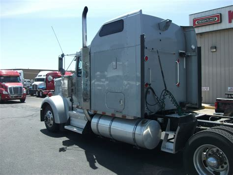 build your own kenworth truck 2007 kenworth w900l stocknum og3170 nebraska kansas iowa