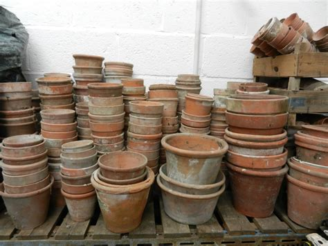 planters and pots harrogate reclamation planters pots urns and statues