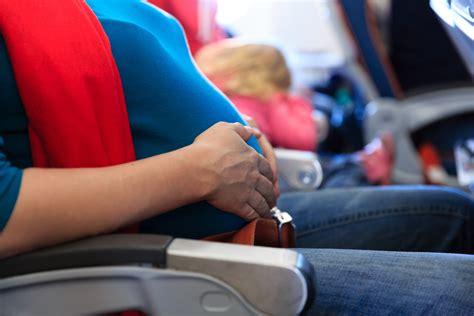 Ibu Hamil Muda Naik Pesawat Peraturan Yang Perlu Diperhatikan Untuk Ibu Hamil Yang