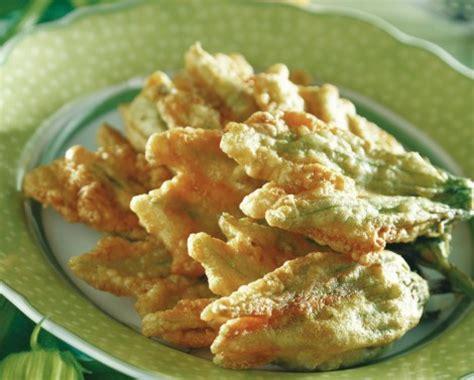 cucinare fiori di zucca fritti fiori di zucca fritti cucina