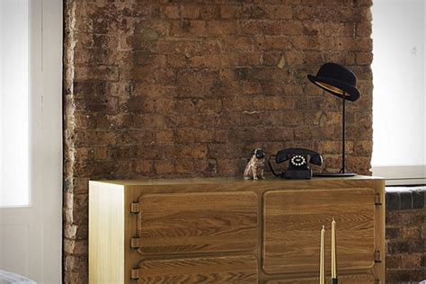 Jeeves Table L Playful Jeeves Table L Uses A Bowler Hat For A Lshade Trendspace Home Design And