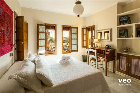 alquiler sillas sevilla sevilla apartmento plaza altozano sevilla espa 241 a