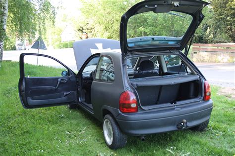 opel corsa matt schwarz opel corsa b diesel 1 7 bj 2000 klima servo zv airbag efh