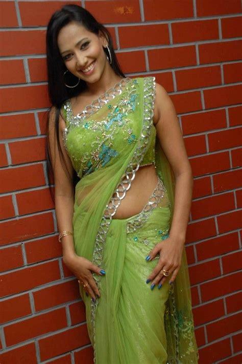 bollywood heroine image in saree tamil actress sanjana singh saree photos heroines images