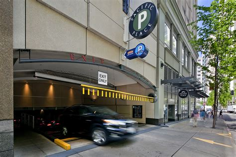 Garage Seattle by 87mm Sale Of Pacific Place Garage In Seattle Closes The