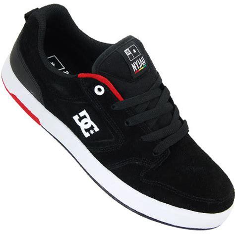 Sepatu Model Casual Dc Skate Hitam 5 merk sepatu yang dipakai remaja jaman sekarang kaskus