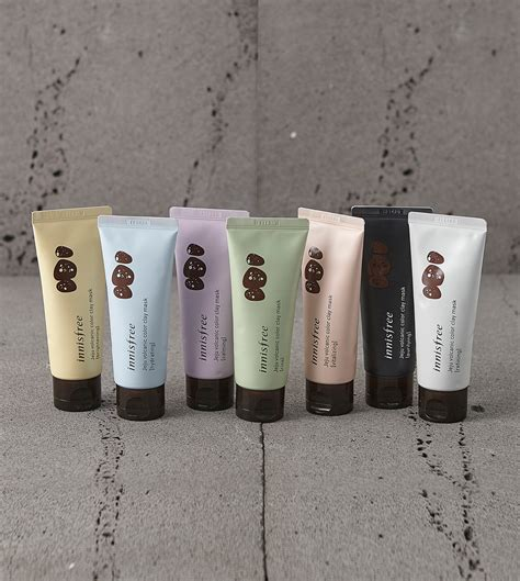 Innisfree Jeju Volcanic Color Clay Mask White Sleek 70ml skin care jeju volcanic color clay mask innisfree