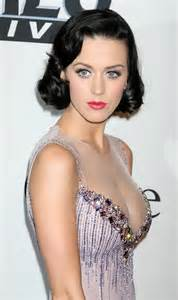 Katy perry is an american singer songwriter katy rose to prominence