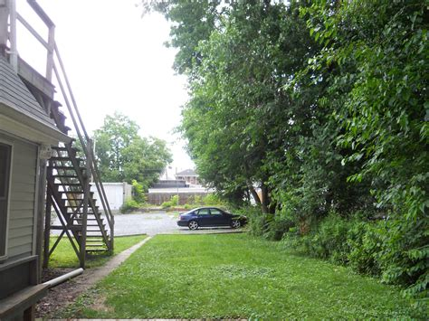 backyard parking york college of pennsylvania ycp off cus housing student rental apartments 221
