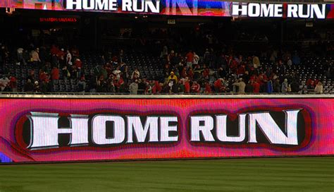 how many synonyms are there for home run 30 year