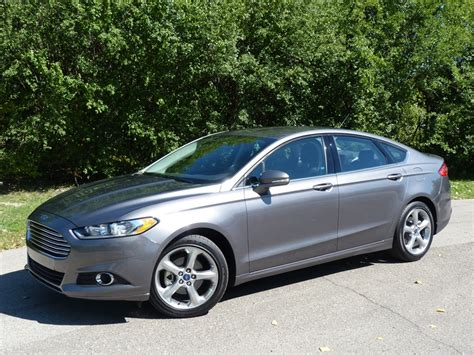 Ford Fusion 2013 Se by Comparison Review 2013 Honda Accord Sport Vs 2013 Ford