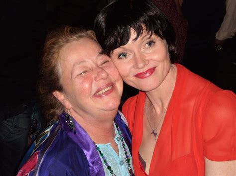 miss fishers murder mysteries cast and crew 17 best images about essie davis on pinterest ashleigh