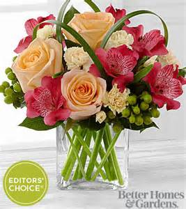 Mini Glass Vase The Ftd 174 All Aglow Bouquet By Better Homes And Gardens