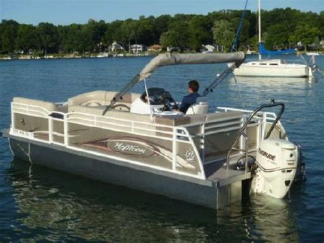 top rated tritoon boats 2012 jc manufacturing tritoon 221 limited boats yachts