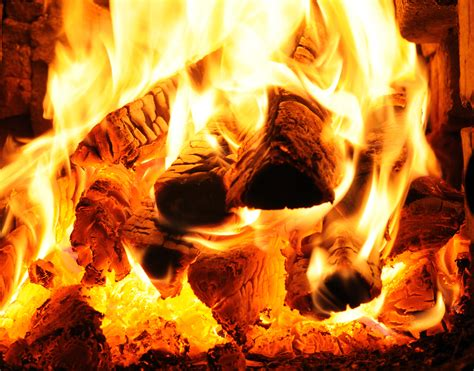 Wood Burning Fires Why Doesn T Wood Melt