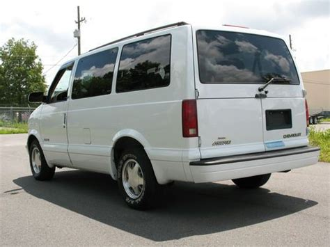accident recorder 2002 chevrolet astro seat position control sell used 2002 chevrolet astro ls 7 passenger van 3 door 4 3l outstanding condition in