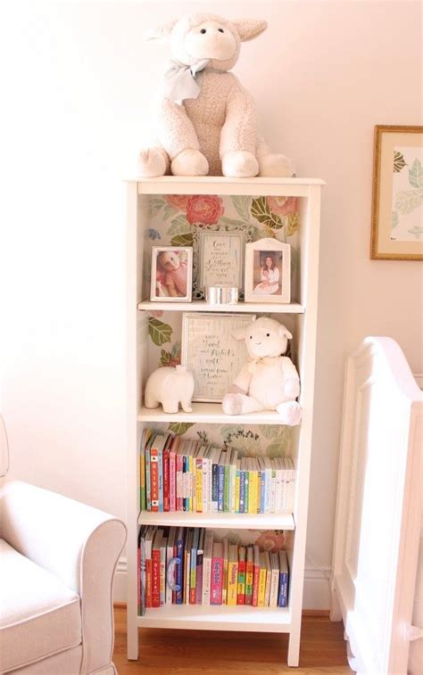 bookshelves for baby nursery best 25 nursery bookshelf ideas on baby bookshelf nurseries and baby nursery