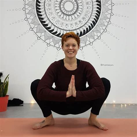 alex russell teacher alex russell yoga hero instructor