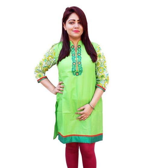 globus blue cotton knitted v neck kurti buy globus blue cotton knitted v neck kurti at aavaya fashion green cotton printed v neck kurti price in