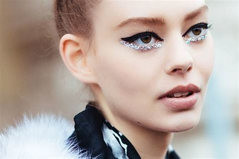 Fall 2008 Trend Glitter Eye by Top 5 Makeup Trends For Fall 2015 The Couture