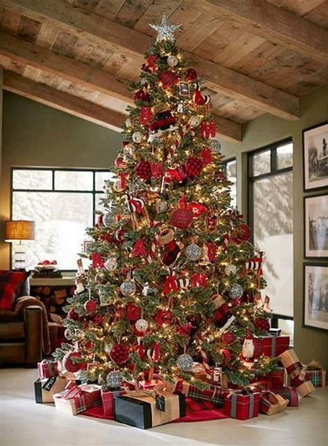 pin  liz nikollaj  inspiration country christmas trees christmas tree inspiration
