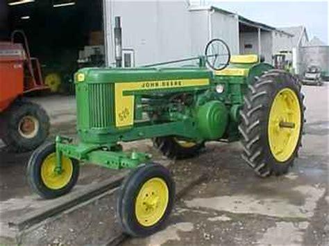 used farm tractors for sale: john deere 520 wf (2004 05 05