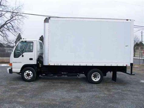 isuzu 1997 box trucks
