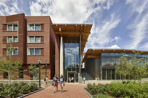 university house university of pennsylvania s green roofed new college house targets leed silver