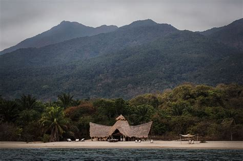 Secluded Places To Detox by The 8 Best Places In Africa For An Electronic Detox