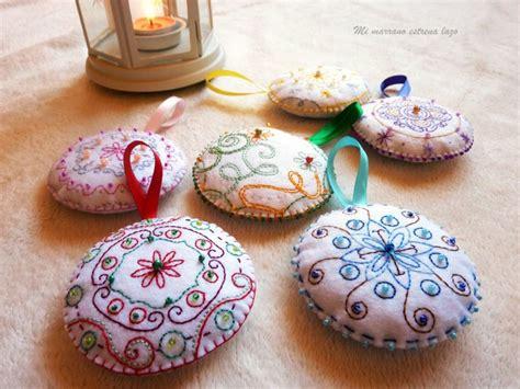 decorar bolas de navidad con fieltro c 243 mo hacer bolas de navidad de fieltro manualidades
