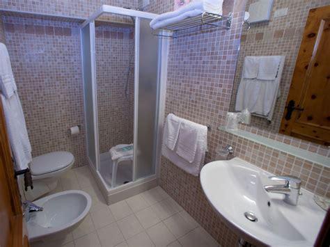 bagno albergo asiago foto hotel la baitina tre stelle altopiano di
