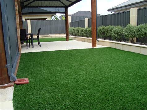 tappeti sintetici per casa erba sintetica per giardini prato