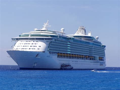 what is the biggest cruise ship in the world prozine top 10 largest cruise ships in the world