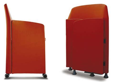 dimensioni sedie sedia di dimensioni contenute per sale meeting idfdesign
