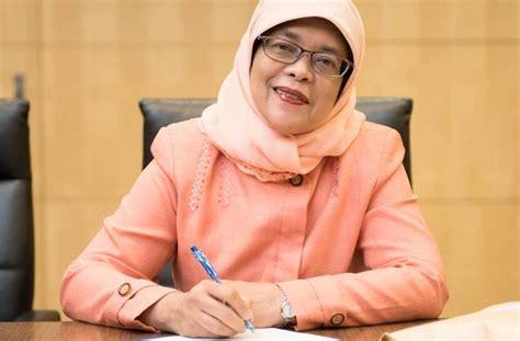 biography of halimah yacob president halimah yacob will no longer live in her jumbo