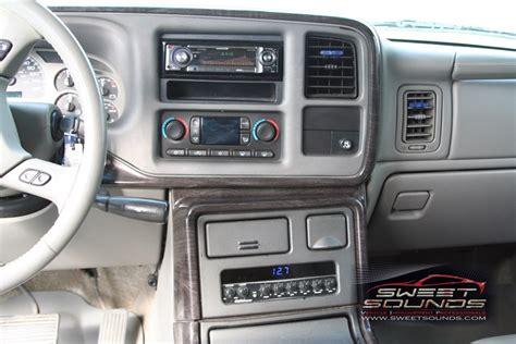 best auto repair manual 2007 gmc sierra interior lighting service manual security system 2007 gmc yukon interior lighting connectivity features 2017