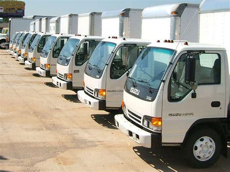 2011 isuzu eco max npr 14 parcel cargo box truck