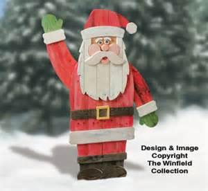 Santa amp elves pallet wood santa plan