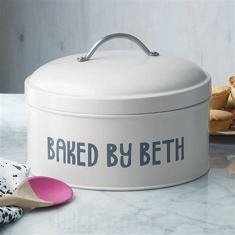 Personalised Cakes by Personalised Cake Tin By Jonny S
