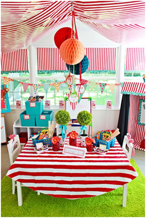 circus theme decor bulletin boards beyond on style