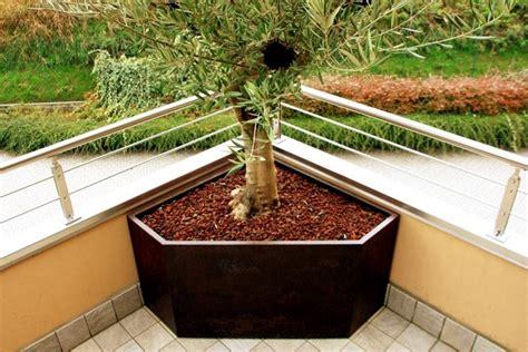 fioriere angolari fioriera ad angolo come costruirla arredamento giardino