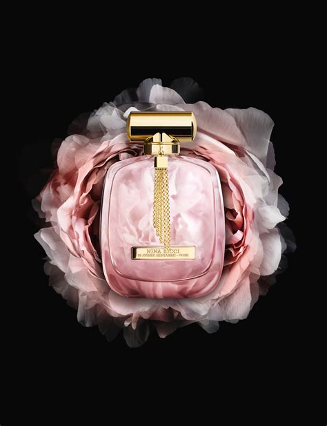 Farfume Lextase Ricci l extase caresse de roses ricci perfume a new fragrance for 2016