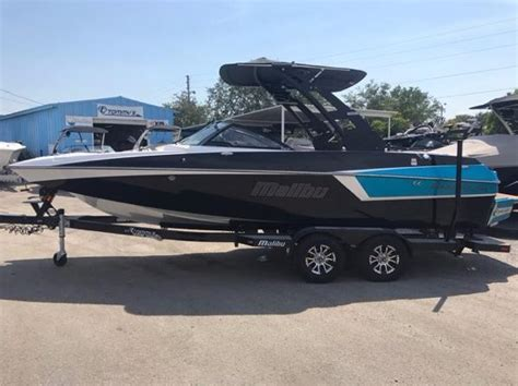 malibu boats bimini tops malibu bimini tops malibu awnings onlyinboards