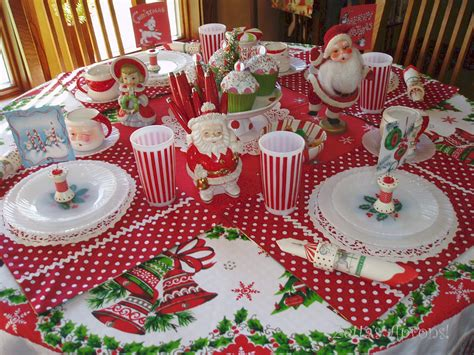 christmas table zetta s aprons fun christmas table setting and a winner