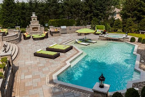 backyard escapes pools kim granatell s new jersey home gets a trendy new backyard